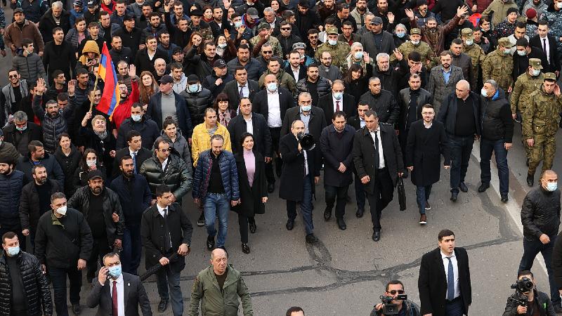 13 տարի անց՝ կրկին պառակտվածություն. մարտի 1-ը Երևանը կդիմավորի լարված մթնոլորտում. «Ժողովուրդ»