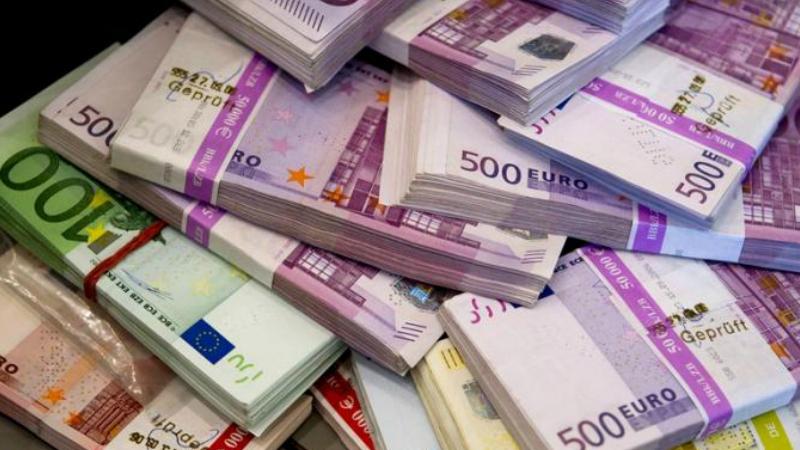 Արտակարգ դեպք Երևանում. «Ամերիաբանկ»-ի մասնաճյուղերից մեկում փոխանակել են խոշոր չափի կեղծ եվրո