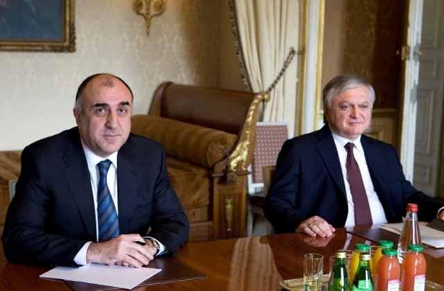 Սերգեյ Լավրովը բանակցություններ է վարել Հայաստանի և Ադրբեջանի արտգործնախարարների հետ