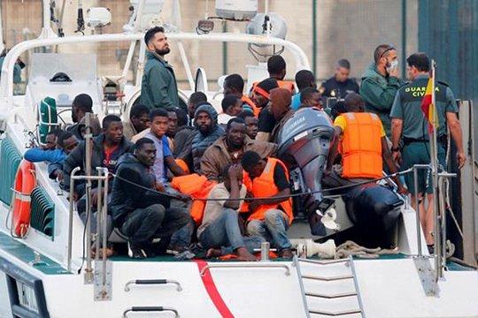 Իտալիայի ափերի մոտ 2000 փախստականների են փրկել
