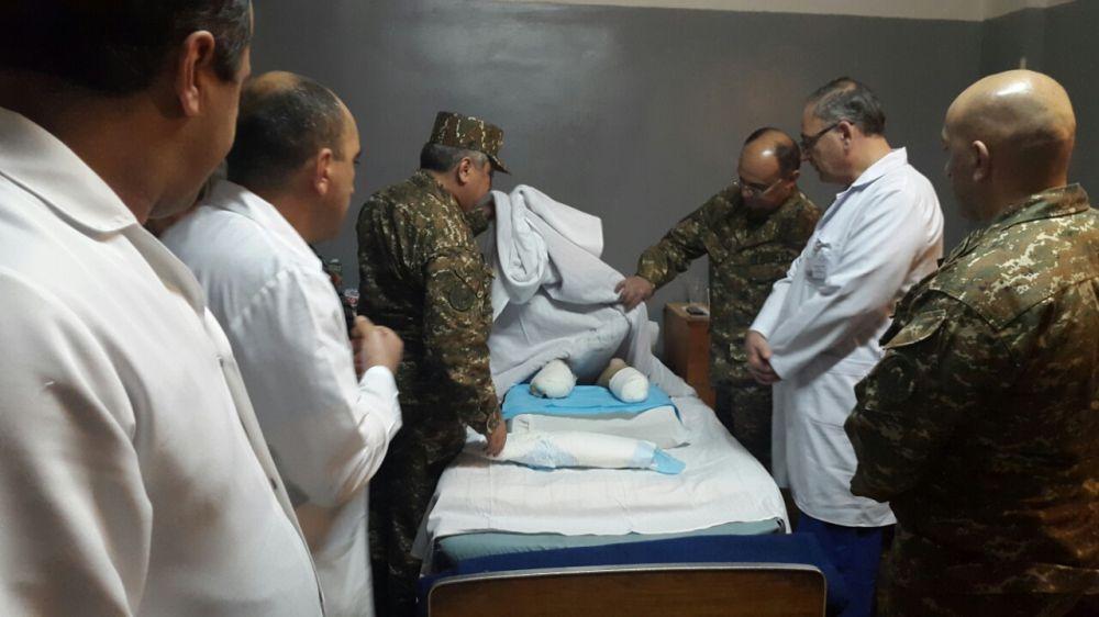 Անդամահատված զինծառայողները լիարժեք բուժում ստանալուց հետո կպրոթեզավորվեն պետության հաշվին. ռազմական բժիշկ