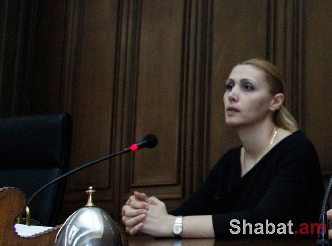 Էլինար Վարդանյանին հեռացրին ԲՀԿ շարքերից. ԳԱԼԱ