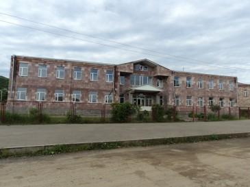 Թիվ 62 ավագ դպրոցը անվանակոչվել է Թաթուլ Կրպեյանի անունով