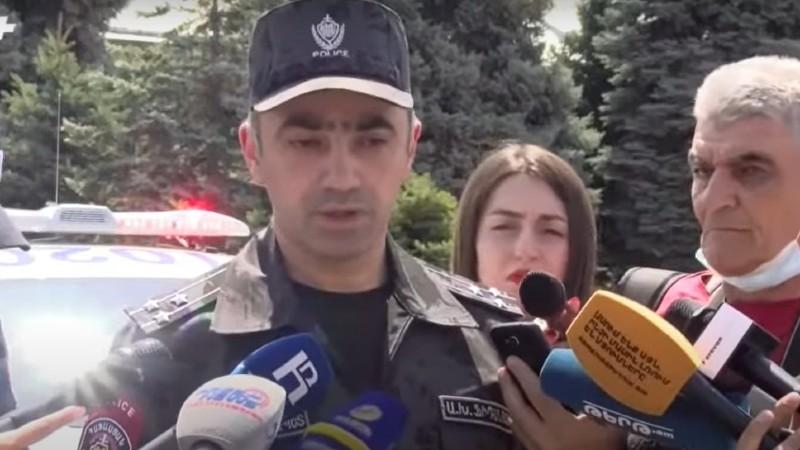 Պարեկային մեքենաների վրա հայերեն գրված չէ, որ դրսից հյուրերը ճանաչեն ոստիկանությանը. Ֆիդանյան (տեսանյութ)