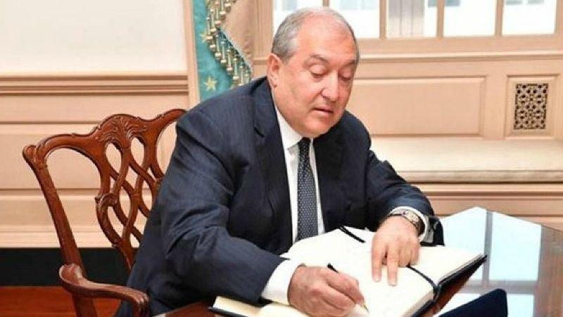ՀՀ նախագահը մի շարք դեսպանների դիվանագիտական աստիճան տալու մասին հրամանագրեր է ստորագրել