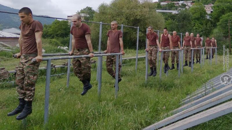 3-րդ զորամիավորման զորամասերից մեկում անցկացվել են ֆիզիկական պատրաստության գործնական պարապմունքներ