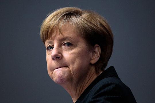 Գերմանիայի սահմանադրական դատարանում հայց են ներկայացրել Մերկելի դեմ