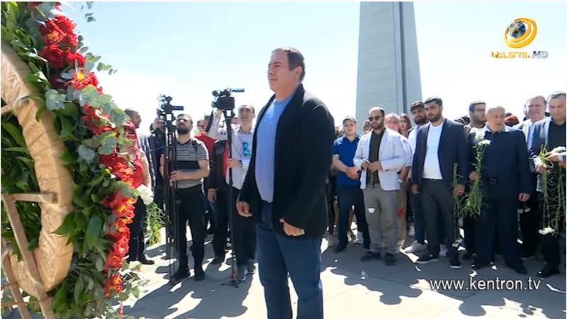 Գագիկ Ծառուկյանը հարգանքի տուրք է մատուցել Հայոց Ցեղասպանության անմեղ զոհերի հիշատակին (տեսանյութ)