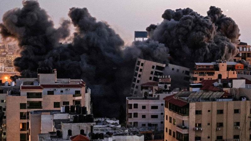 Իսրայելի ռազմաօդային ուժերը Գազայում 13 հարկանի շենք են ոչնչացրել (տեսանյութ)