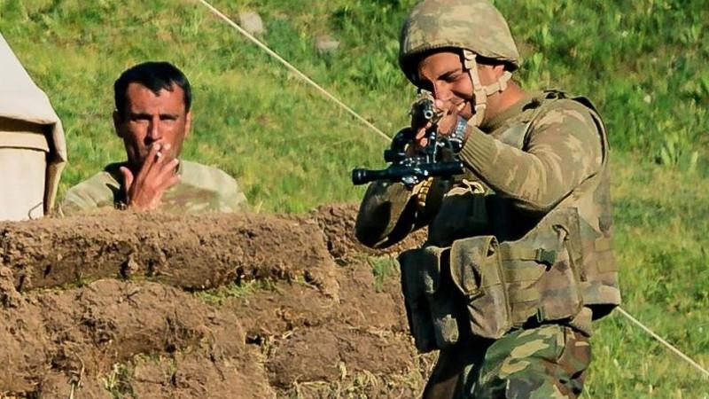 Ադրբեջանցի զինծառայողները սպառնացել են հայ-ադրբեջանական սահմանին իրենց աշխատանքը կատարող իսպանացի լրագրողներին