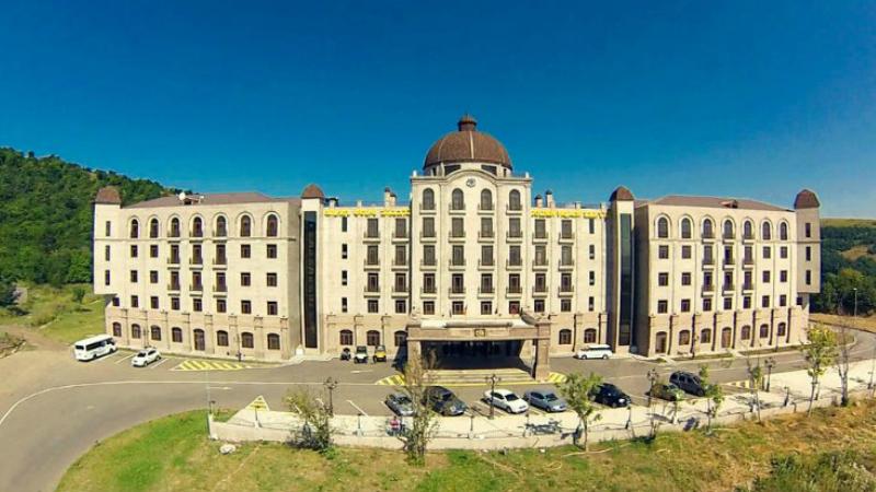 Ծաղկաձորում գտնվող թանկարժեք ու շքեղ հյուրանոցի ճակատագիրը՝ օդում կախված․ «Ժողովուրդ»