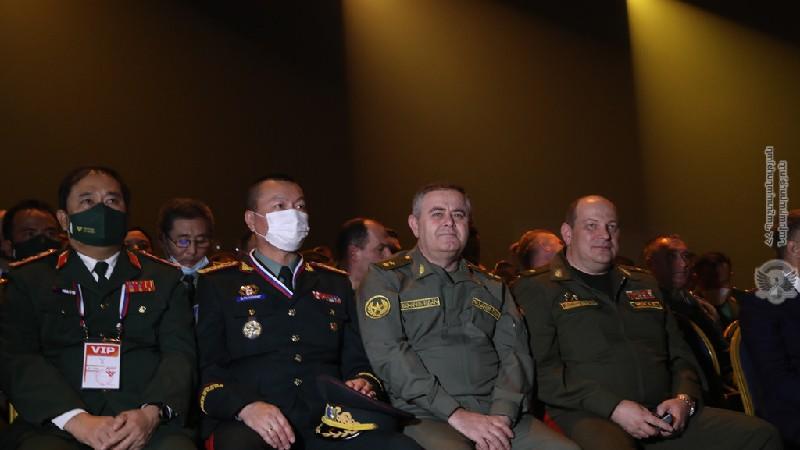 ՀՀ ԶՈւ ԳՇ պետը մասնակցել է «Բանակային միջազգային խաղեր 2021» մրցաշարի փակման հանդիսավոր արարողությանը