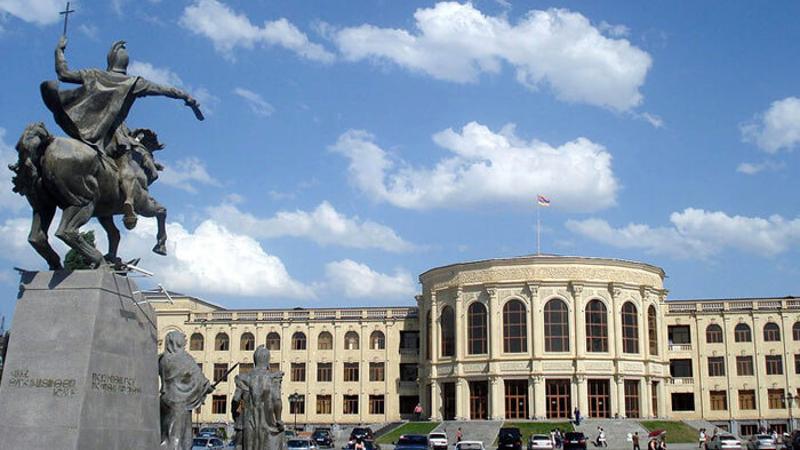 ՔՊ-ականներն օրուգիշեր Գյումրիում են. «Ժողովուրդ»