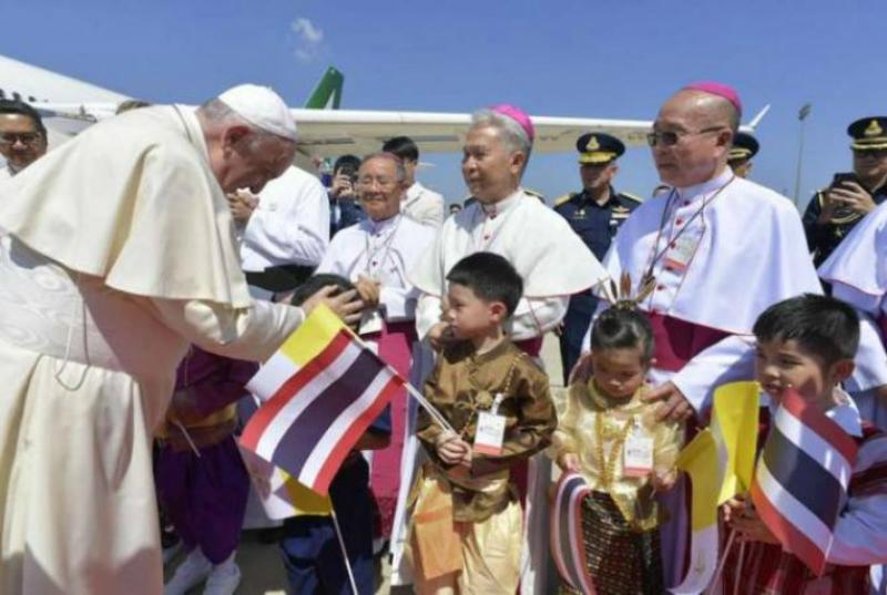 Հռոմի պապը Թաիլանդում արծարծել Է կանանց ու երեխաների շահագործման թեման