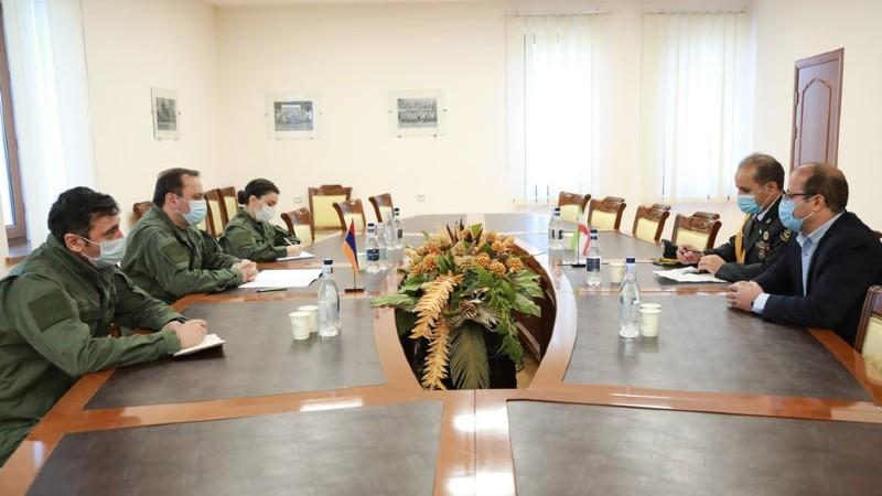 ՊՆ ներկայացուցիչները հանդիպել են Իրանի դեսպանության նորանշանակ ռազմական կցորդին