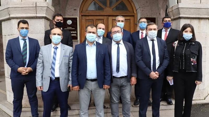 Հանուն Հանրապետության քաղաքական նախաձեռնության անդամները հանդիպել են Արցախի ԱԳ նախարար Մասիս Մայիլյանի հետ