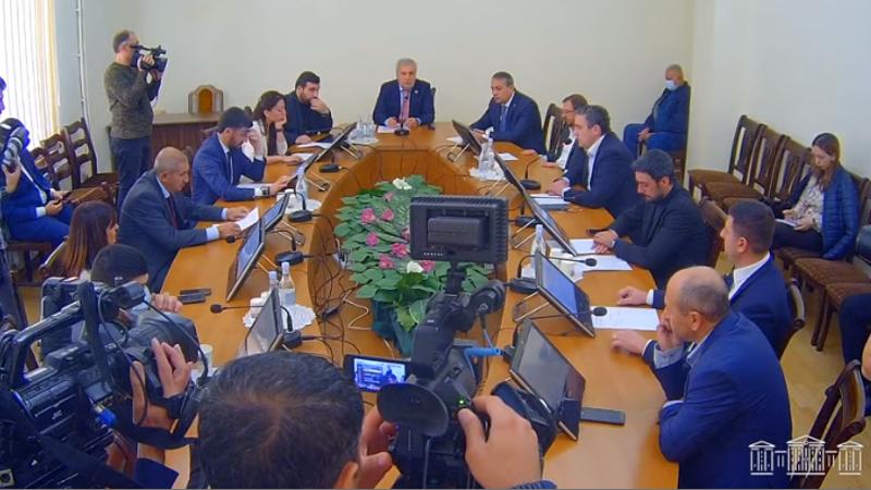 ՀՀ ԱԺ պաշտպանության և անվտանգության հարցերի մշտական հանձնաժողովի արտահերթ նիստ (ուղիղ միացում)