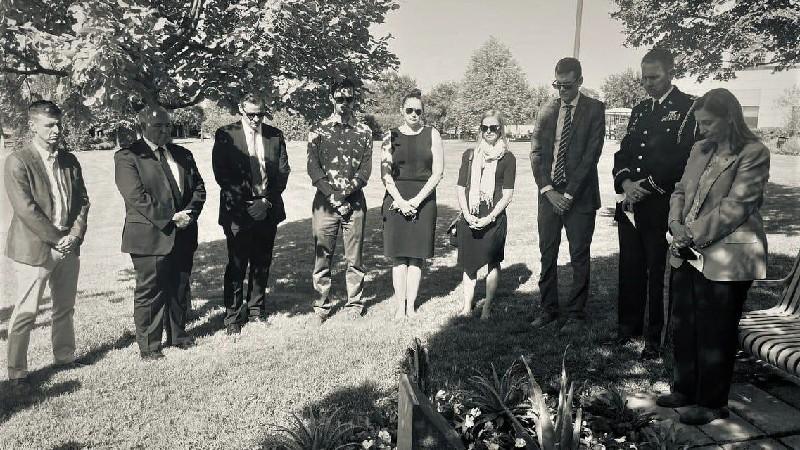 ՀՀ-ում ԱՄՆ դեսպանատան աշխատակիցները հարգանքի տուրք են մատուցել սեպտեմբերի 11-ի ահաբեկչության զոհերին