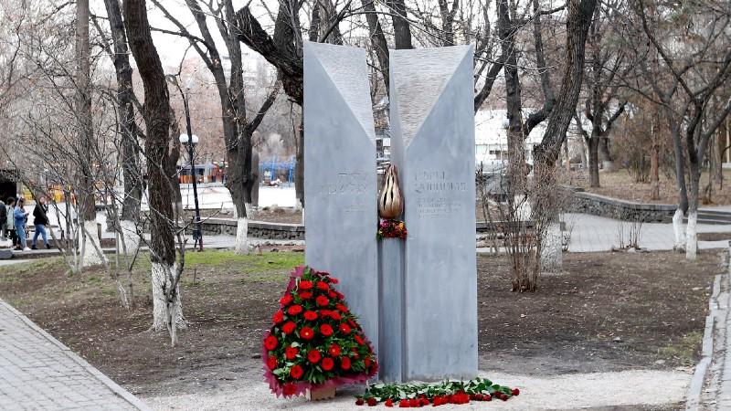 Հայ և հրեա ժողովուրդների եղեռնի զոհերի պղծված հուշարձանը վերականգվել է