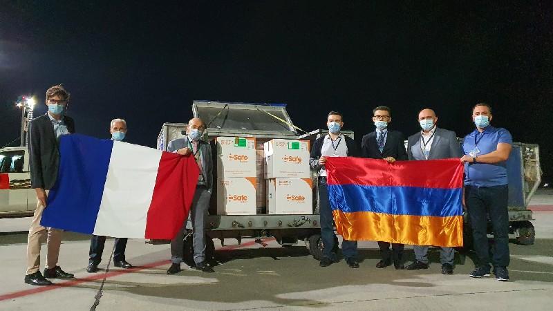 Երևան ժամանեց Ֆրանսիայի կողմից ուղարկված COVID-19 պատվաստանյութի 25 000 դեղաչափ