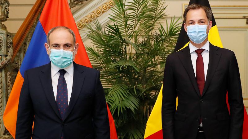 Նիկոլ Փաշինյանը և Բելգիայի վարչապետն ընդգծել են ՀՀ ինքնիշխան տարածքից ադրբեջանական ԶՈւ ստորաբաժանումների ելման դիրքեր դուրս գալու անհրաժեշտությունը