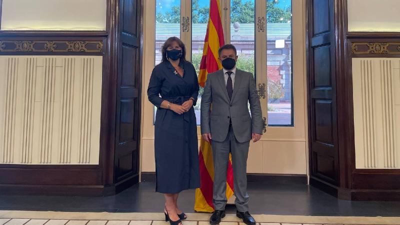 Հայկ Չոբանյանը հանդիպել է Կատալոնիայի խորհրդարանի նախագահ Լաուրա Բոռասի հետ
