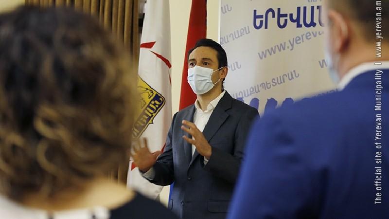 Երևանը համարում եմ շնչող էակ․ Մարությանը հյուրընկալել է համայնքին աջակցող անհատների և ընկերությունների ներկայացուցիչների