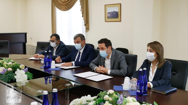 Քաղաքապետ Հայկ Մարությանը հանդիպել է ՎԶԵԲ-ի ներկայացուցիչների հետ