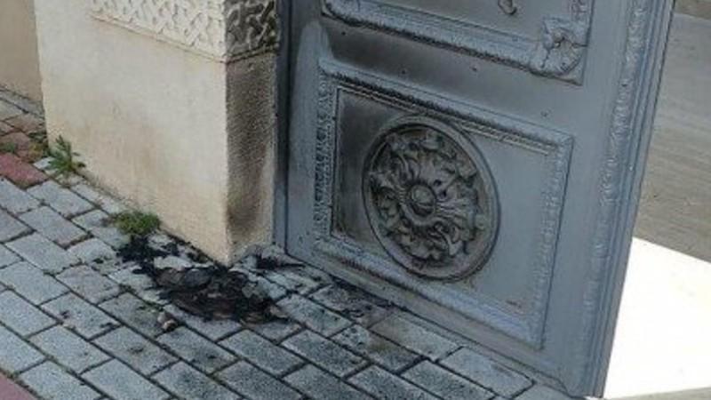 Ստամբուլում փորձել են այրել հայկական եկեղեցու դուռը