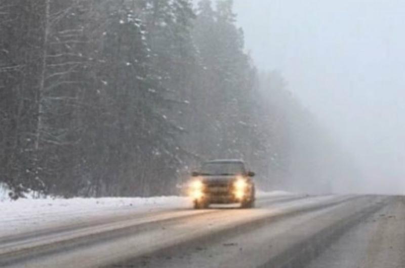 ՀՀ տարածքում կան դժվարանցանելի ավտոճանապարհներ, Ապարանի տարածաշրջանում տեղում է ձյուն. ԱԻՆ