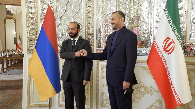Մեկնարկել է Հայաստանի և Իրանի ԱԳ նախարարների հանդիպումը