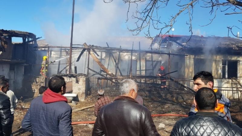 Թուրք-ադրբեջանական զինված ուժերը անցած 7 օրում հրթիռակոծել են Սյունիքի մարզի 4 բնակավայր. ԱԻՆ (լուսանկարներ)