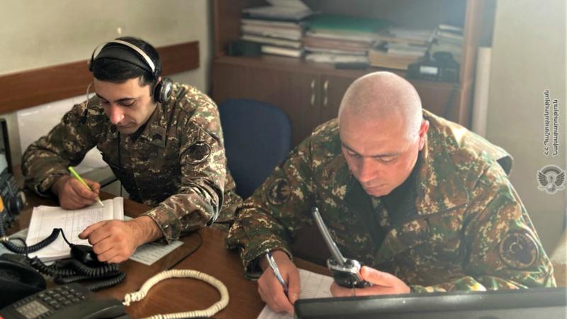 Առաջին զորամիավորման հակաօդային պաշտպանության հրամանատարական կետի զինծառայողների հետ անցկացվել է ուսումնական պարապմունք