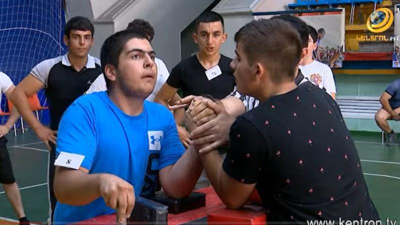 Հովհաննես Ծառուկյանը դարձել է բազկամարտի Հայաստանի չեմպիոն (տեսանյութ)