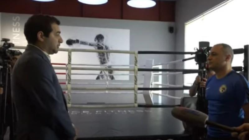 Հրաչ Հակոբյան vs Վահե Հակոբյան բոքսը չկայացավ. Փաշինյանի աներորդին եկավ, բայց բանավեճի հրավիրեց (տեսանյութ)
