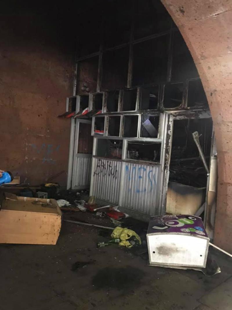 «Հանրապետության հրապարակ» կայարանի մոտ տաղավար է այրվել