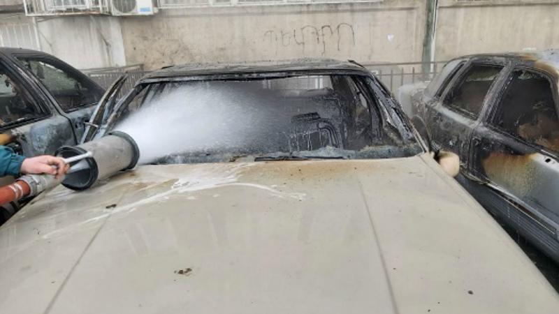 Հրդեհ Երևանում․ այրվել են ավտոմեքենաներ