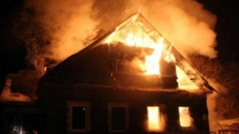 Արմավիրի տներից մեկի տանիքում հրդեհ է բռնկվել