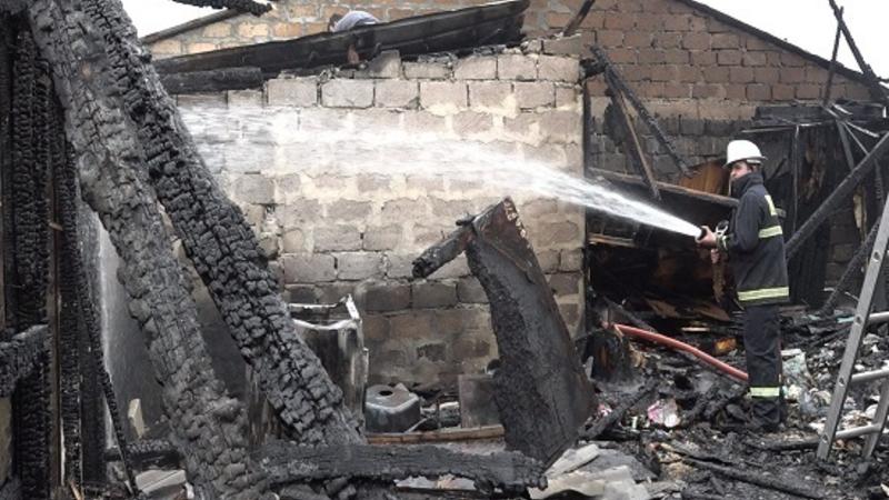 Հրդեհ Նուբարաշենի 2-րդ փողոցի տներից մեկում. տուժածներ չկան