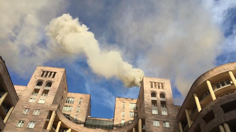 Հյուսիսային պողոտայի շենքերից մեկում հրդեհ է բռնկվել (լուսանկար)