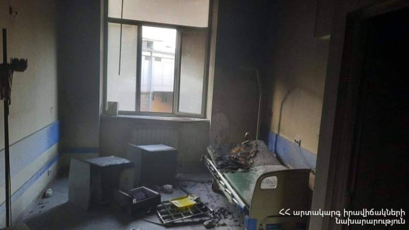 Խոշոր հրդեհ՝ «Հերացի» թիվ 1 հիվանդանոցում․ տարհանվել է 11 հիվանդ, կան տուժածներ (լուսանկարներ)