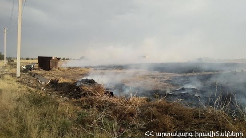 Չարբախի N զորամասի մոտակայքում այրվել է մոտ 35 հա ցորենի հնձած արտ