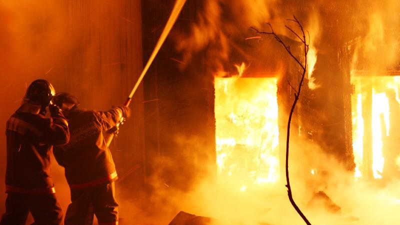 Լուսակունք գյուղի տներից մեկի կից անասնագոմում հրդեհ է բռնկվել