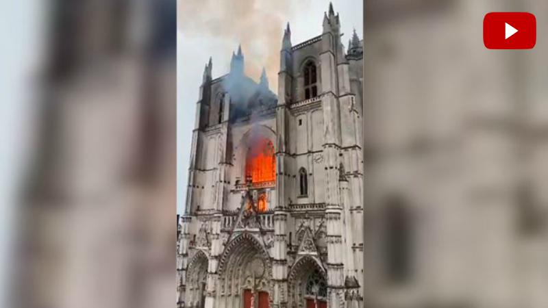 Ֆրանսիայում այրվում է 15-րդ դարի Սուրբ Պողոս-Պետրոս տաճարը (տեսանյութ)