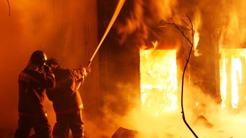 Գյումրու Վազգեն Սարգսյան փողոցում գտնվող փայտամշակման արտադրամասի տանիքում հրդեհ է բռնկվել․ ԱԻՆ