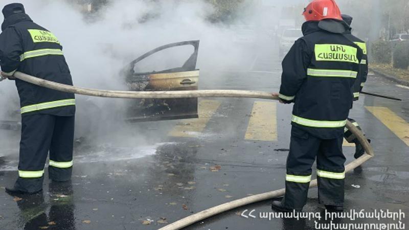 Աբովյան քաղաքի Սարալանջի փողոցում ավտոմեքենա է այրվել․ տուժածներ չկան
