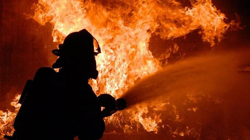 Հրդեհ Ծաղկունք գյուղում․ այրվել են տան տանիքի փայտե կառուցատարրերը, ազբոշիֆեր և 30 հակ անասնակեր