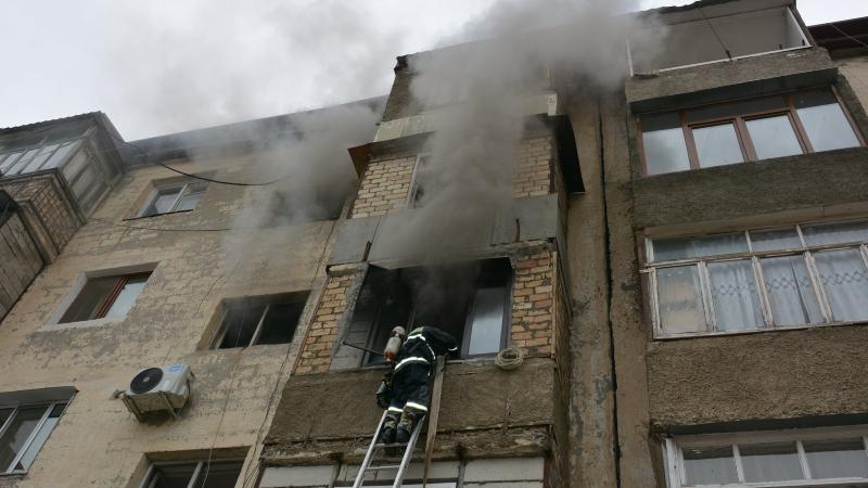 Հրդեհ՝ Ստեփանակերտի շենքերից մեկում․ բնակիչները տարհանվել են (լուսանկարներ)