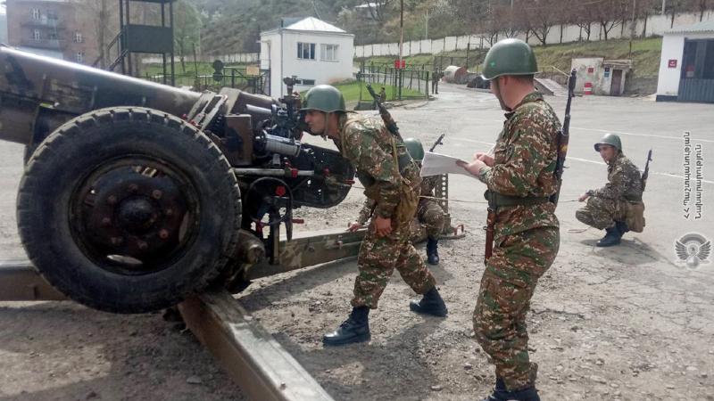 1-ին զորամիավորման ենթակայությամբ գործող հրետանային ստորաբաժանումների զինծառայողների ներգրավմամբ անցկացվել են մասնագիտական պարապմունքներ