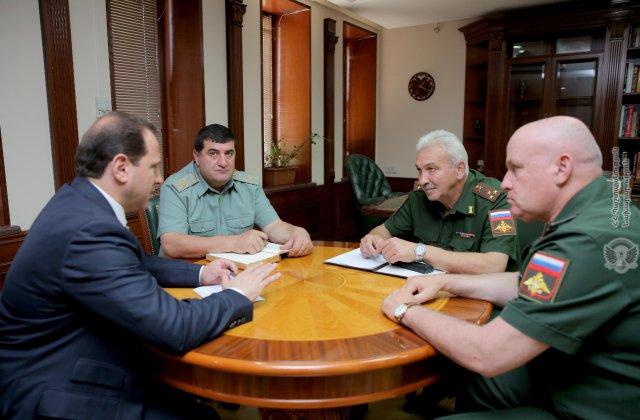 Դավիթ Տոնոյանը ՌԴ հարավային օկրուգի ներկայացուցիչների հետ քննարկել է Փանիկ գյուղում տեղի ունեցած միջադեպի մանրամասները